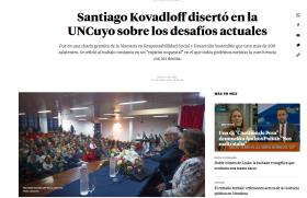 Santiago Kovadloff disertó en la UNCuyo sobre los desafíos actuales
